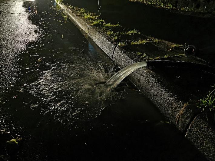 FW-E: Starkregen und Gewitter sorgt für rund 50 wetterbedingte Einsätze in Essen-keine Verletzten