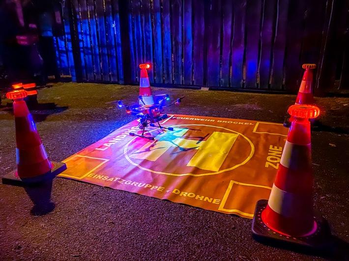 FW Flotwedel: Ortsfeuerwehr Bröckel bei Personensuche im Einsatz / Dank Drohne schneller Sucherfolg zu verzeichnen