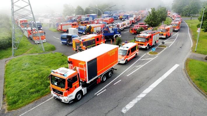 FW-LFVSH: Pressemitteilung im Auftrag des mobilen Führungsstabes Schleswig-Holstein Schleswig-Holsteiner Einsatzkräfte leisten humanitäre Hilfe