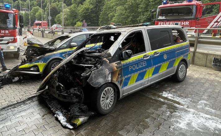 POL-HA: Gemeinsame Presseerklärung der Staatsanwaltschaft Hagen, des Polizeipräsidiums Hagen und der Kreispolizeibehörde Märkischer Kreis: Streifenwagen in Brand gesetzt