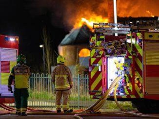Fire Firefighters Firetruck Firemen  - JonPauling / Pixabay