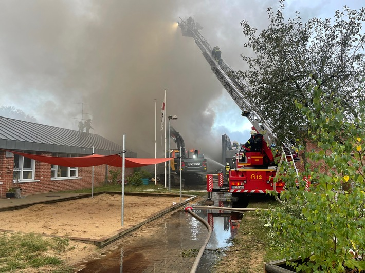 FW-ROW: Feuer Kindertagesstätte
