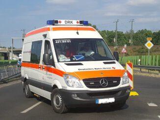 Ambulance Vehicle Auto  - germany_photography / Pixabay