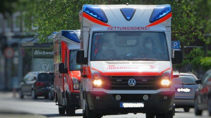 Emergency Medical Services Vehicles  - Jonas-Augustin / Pixabay