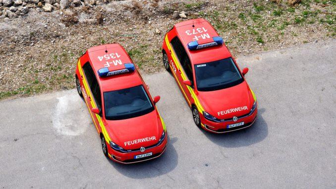 Fire Rescue Fire Fighter Blue Light  - Offenburg / Pixabay