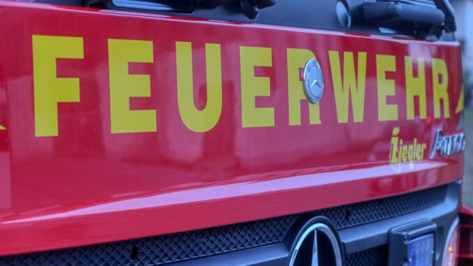 Fire Vehicle Fire Truck Rescue  - planet_fox / Pixabay