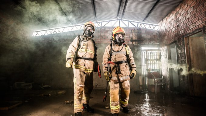 Fire Volunteer Firefighters Rescue  - JoseVelazquezfire / Pixabay