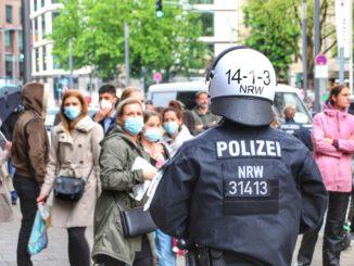 Police Protest Crowd City  - bastihansen2403 / Pixabay
