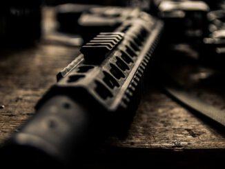 Rifle Weapon War Pistol Shoot  - Daniel6D / Pixabay