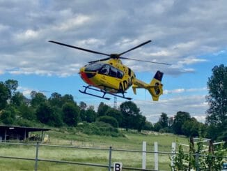 "FW-EN: Kindernotfall - Hubschrauber ""Christoph 8"" landete in Kirchende"