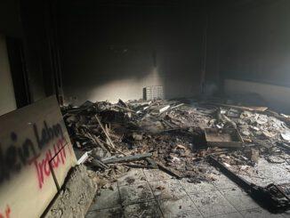 FW Helmstedt: Brennender Unrat in Gebäude