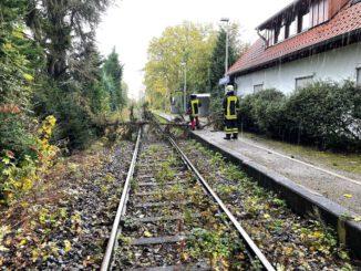FW-DO: 22.10.2021 - UNWETTERBILANZ Sturmtief Ignatz hält Feuerwehr in Atem
