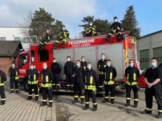 FW Düren: 21 neue Atemschutzgeräteträger für die Feuerwehr der Stadt Düren