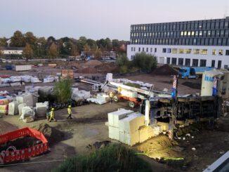 FW Ratingen: Unfall mit mobilem Baukran