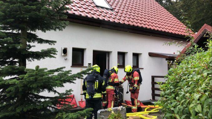 FW-Velbert: Starke Verrauchung in Wohnhaus